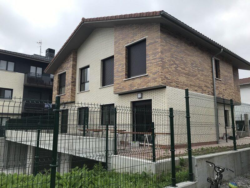 Villa adosada a estrenar en Ventas